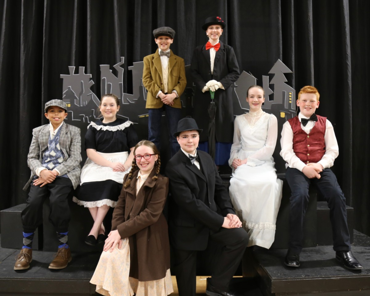 Mary Poppins cast on stage
